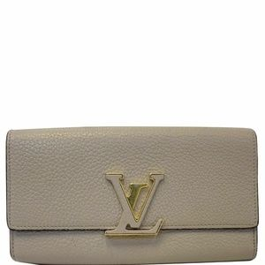 LOUIS VUITTON Capucines Taurillon Leather Wallet